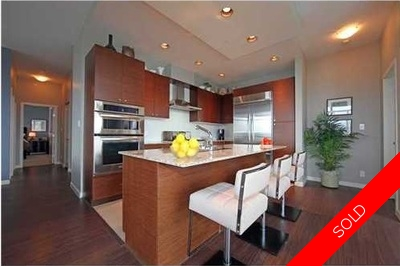 Downtown NW Condo for sale:  3 bedroom 1,590 sq.ft. (Listed 2011-07-27)