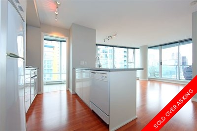 Downtown VW Condo for sale:  2 bedroom 810 sq.ft. (Listed 2016-06-30)